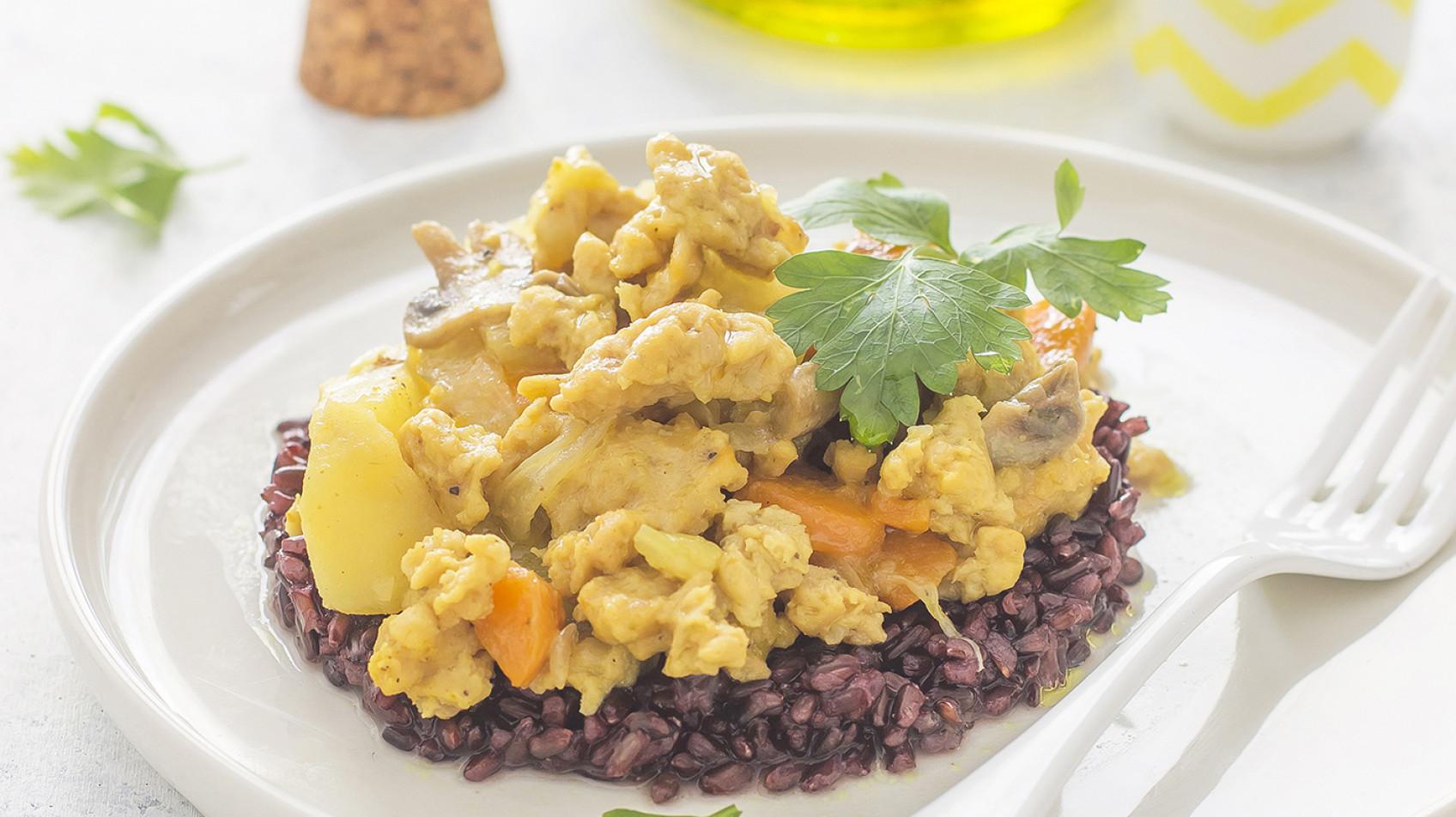 Curry di soia al latte di cocco